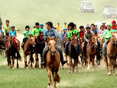 Nomadic Voyages with Rural Naadam Festival in Khuvsgul lake (18 days / 17 nights)